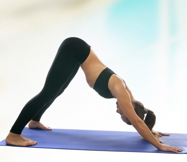 7 Beginner Yoga Asanas To Help You Burn Your Belly Fat