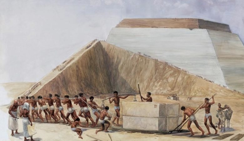 9 Amazing Facts About The Great Pyramid of Giza