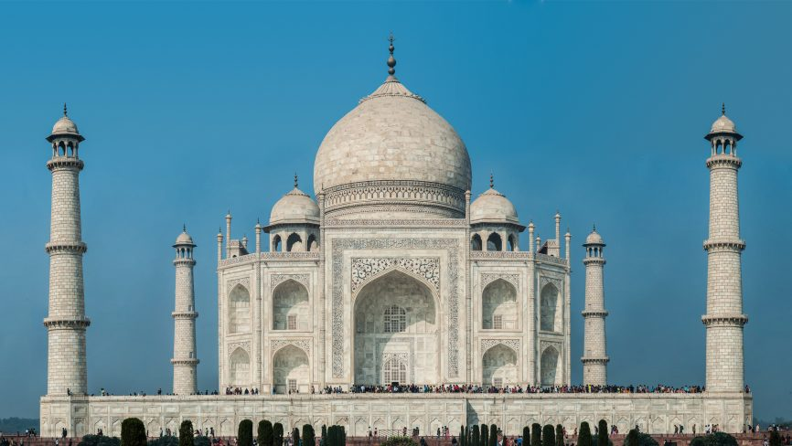 Lesser-Known Facts About The 7 Wonders Of The World