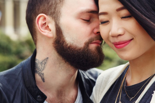 5 Reasons Why You Should NEVER Rush Into a Relationship