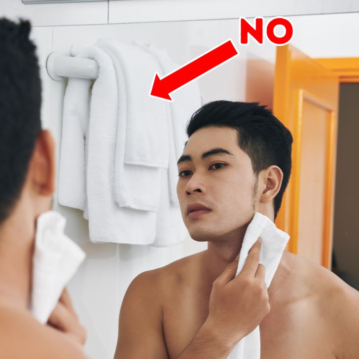 8 Bathroom Habits That May Lead To A Greater Health Issue