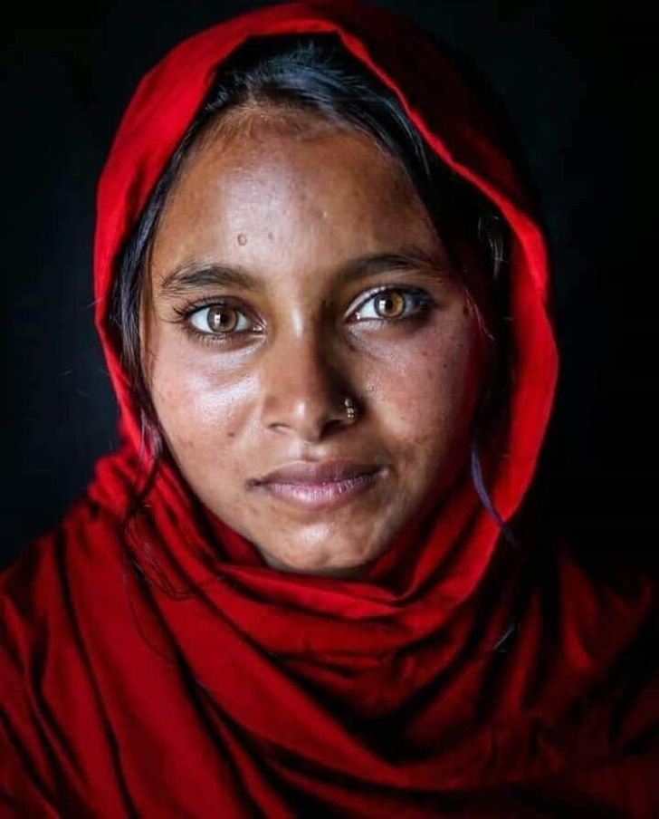 Photographer Captures the Character of Bangladesh in Emotional Portraits