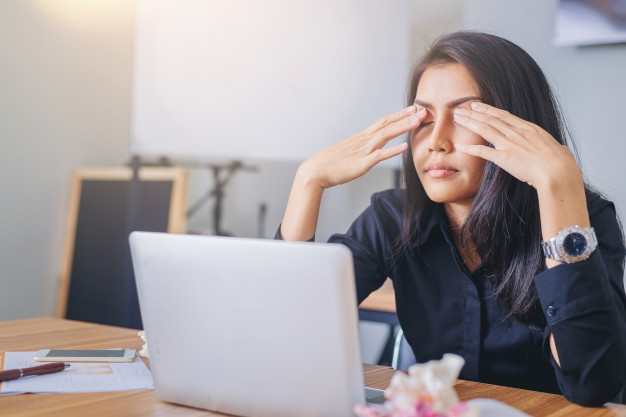 Why Our Eyes Start Twitching and How to Stop It